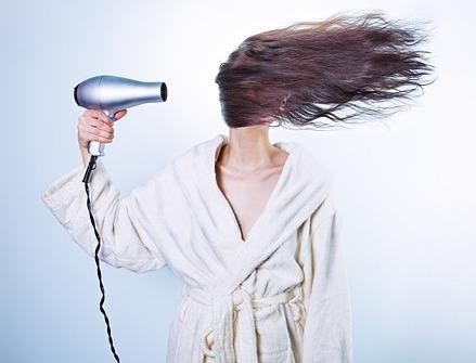 Miért hullik a hajunk?