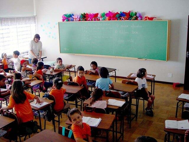 A gyerek nem akar iskolába menni? Mit csinálj?