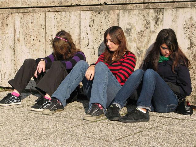 Tinédzsernek lenni nehéz